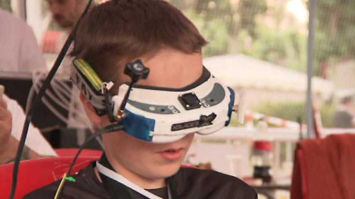 """Zoom Net - Drones en El Escorial, Andro4All, Festival SinSal y """"Deus Ex: Mankind Divided"""" - ver ahora"""
