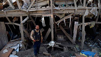Cuatro muertos en un ataque talibán con un camión bomba en un hotel de Kabul