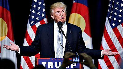 Arrecian las críticas contra Trump por sus descalificaciones a los padres de un héroe de guerra