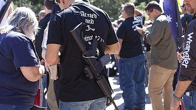 La ley de armas en Texas permitirá a los estudiantes llevar armas en los campus universitarios