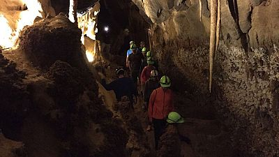 En el coraz�n de la cueva de Llamazares