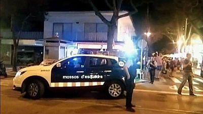Cinco alemanas detenidas por una 'flashmob' que activó la alarma antiterrorista en Platja d'Aro