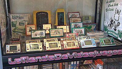 Consolas y videojuegos antiguos triunfan en internet y tiendas de segunda mano