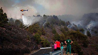 El incendio de La Palma ya está acotado, aunque aún no controlado