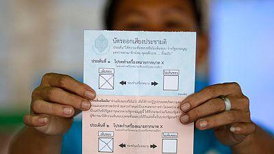 Tailandia tendrá nueva Constitución según el escrutinio avanzado del referéndum de hoy