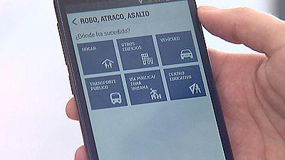 Las nuevas tecnologías hacen posible que manejemos la seguridad del hogar a través de nuestros teléfonos móviles
