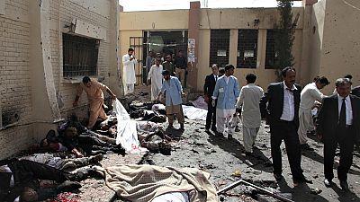 Decenas de muertos en Pakistán al explotar una bomba en un hospital de la ciudad de Quetta