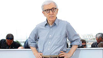 """El cineasta estadounidense Woody Allen estrena la serie de televisión """"Crisis en seis escenas"""", la primera que dirige y también protagoniza. Está ambientada en la norteamérica de los sesenta y se estrenará el 30 de septiembre en la plataforma Amazon"""