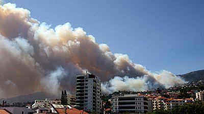 Un incendio sin control alcanza las casas de Funchal, en la isla portuguesa de Madeira