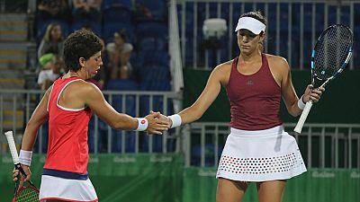 Muguruza y Carla Suárez ya están en cuartos de final
