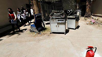 Fallece una docena de bebés prematuros en el incendio de un hospital en Bagdad