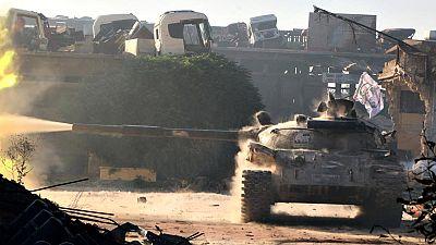 Los combates continúan en Alepo, donde se investiga si el régimen sirio ha utilizado armas químicas