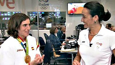 La flamante medalla de oro visito el set de RTVE para explicar cómo está asimilando su triunfo.