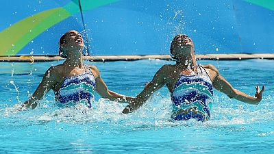 Mengual y Ona Carbonell se quejan de su puntuación pero aspiran a medalla