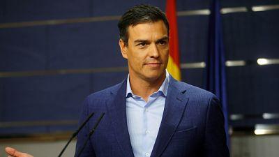 """Sánchez reitera su 'no' a Rajoy y le exige que ponga fecha a la investidura """"antes de que acabe la semana"""""""