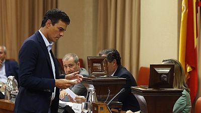 Sánchez confirma que ha hablado con Iglesias, como con otros líderes, pero insiste en que es el tiempo de Rajoy