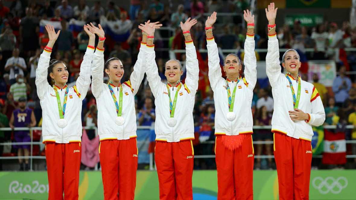 Río 2016. Gimnasia rítmica | El equipo español recibe la medalla de plata
