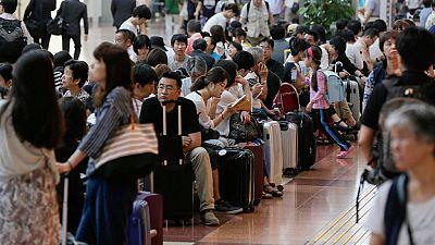 El tifón Mindulle paraliza el tráfico aéreo de Tokio y afecta a gran parte de Japón