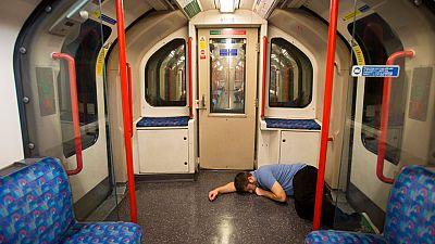 El metro de Londres inaugura su servicio nocturno en las líneas Central y Victoria