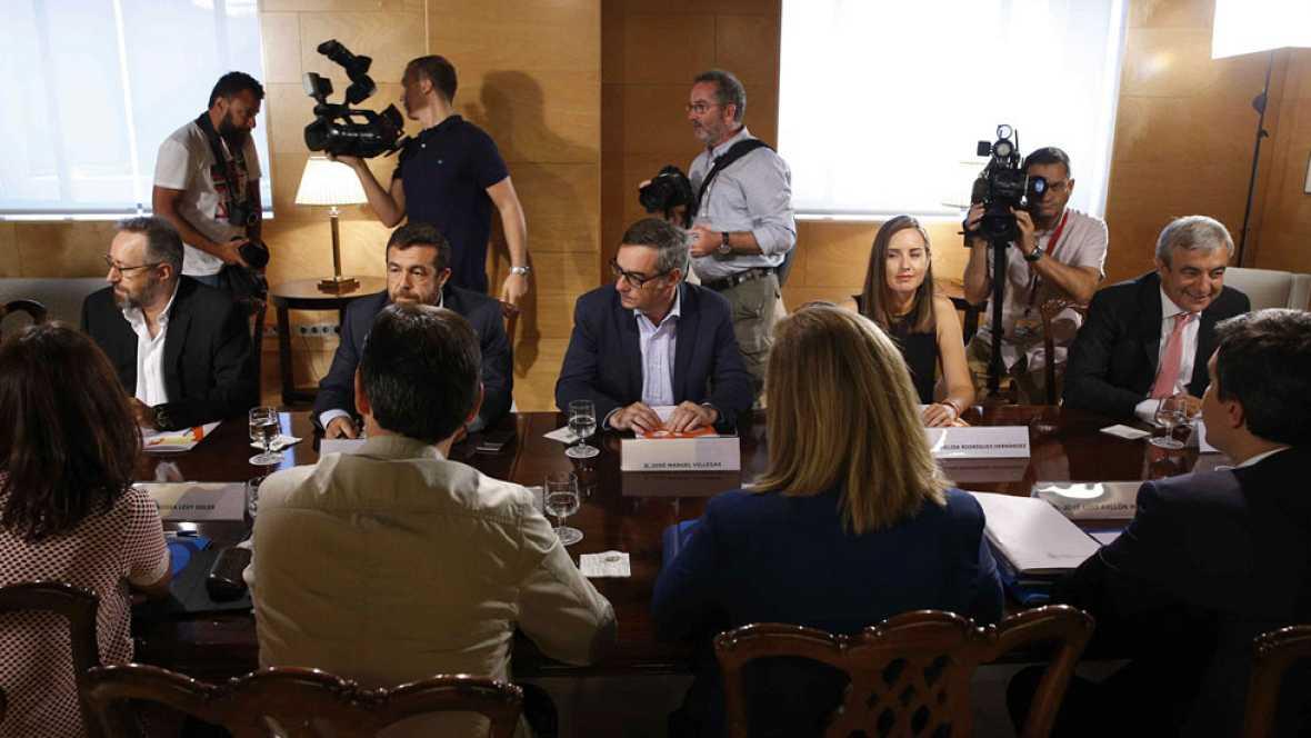 El contrato único de Ciudadanos y la cuota de autónomos, principales escollos en la negociación con el PP