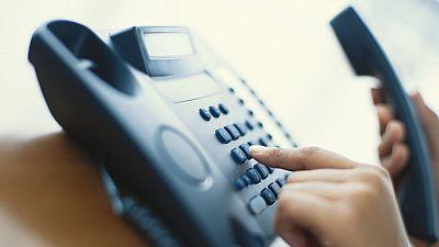 Los números de teléfono fijos en España se agotan