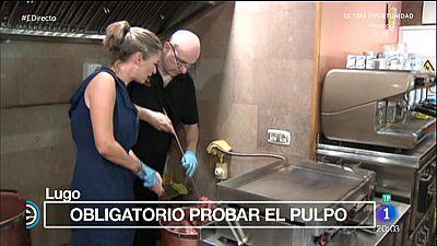 Lugo recibe la Vuelta Ciclista con gaitas y mucho pulpo