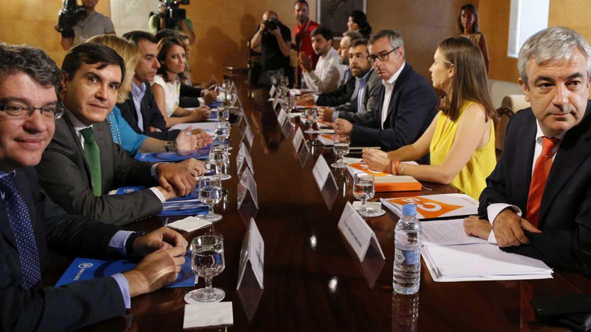 Ciudadanos avisa que la negociaci�n con el Partido Popular se estanca