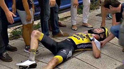 La séptima etapa de la 71 Vuelta a España ha partido de la localidad lucense de Monforte de Lemos con 190 ciclistas, tras las bajas del holandés Steven Kruijswijk (LottoNL-Jumbo), el croata Robert Kiserlovski (Tinkoff) y el francés Sébastien Minard (