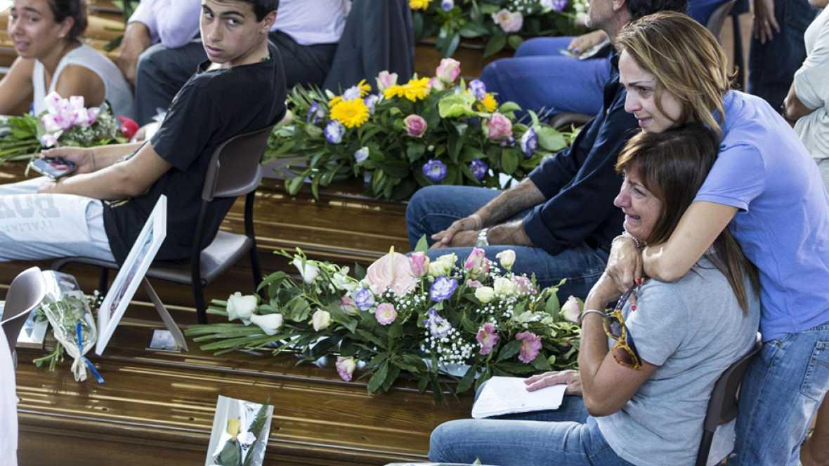 Primer funeral de Estado por las v�ctimas del se�smo en Italia