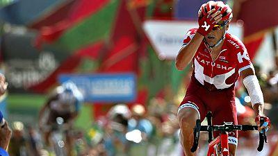 El ruso Sergey Lagutin (Katusha) se ha impuesto en la octava etapa de la Vuelta a España disputada entre Villalpando y el Alto de La Camperona, de 181,5 kilómetros, en la que el colombiano Nairo Quintana (Movistar) se convirtió en nuevo líder.