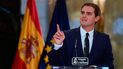 Rivera, satisfecho tras la firma del pacto con el PP