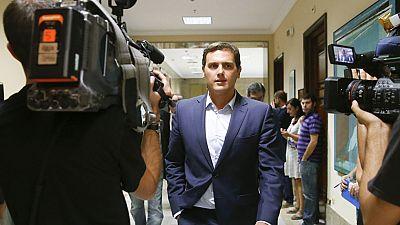 """Rivera """"no tira la toalla"""" e intentar� convencer al PSOE de que apoye a Rajoy de aqu� al viernes"""