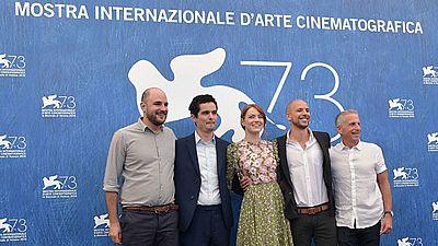 La Mostra Internacional de Cine de Venecia se abrió con un homenaje al cine y a la música