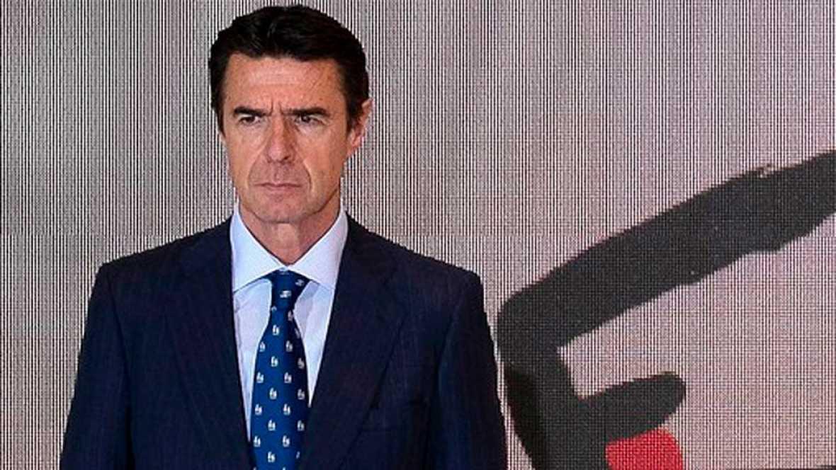 Los líderes de los partidos han criticado la propuesta del exministro Soria para un cargo directivo en el Banco Mundial  tras verse implicado en los Papeles de Panamá