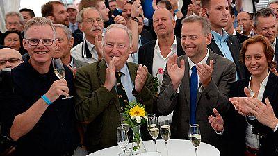 El xenófobo AfD supera por primera vez al partido de Merkel en unas elecciones