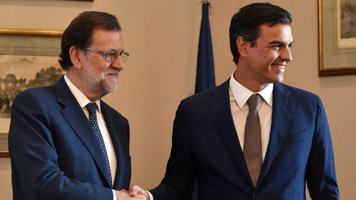 Sánchez y Rajoy hablan por teléfono diez minutos sin fijar una reunión