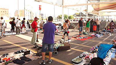 En Barcelona repuntan las ventas en el conocido como mercado de la Miseria