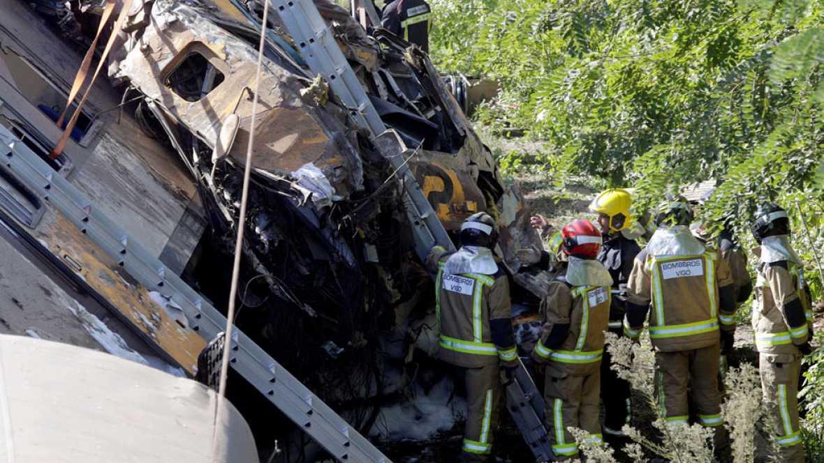 """La mañana - Testigo del descarrilamiento del tren de O Porrriño: """"El tren venía a toda velocidad"""""""