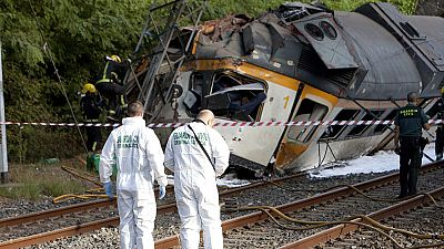 Cuatro muertos y 47 heridos por un descarrilamiento de tren en O Porriño, Pontevedra