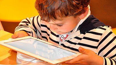 Más de la mitad de los padres no ven los peligros de internet
