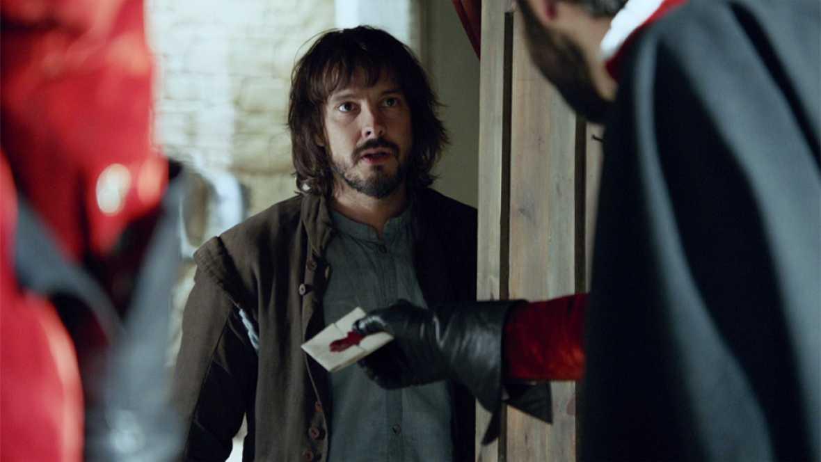Águila Roja - Gonzalo recibe una carta de su padre, el rey