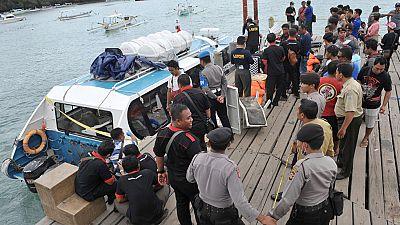 Una española muere en el incendio de un ferry en aguas de la isla de Bali, en Indonesia
