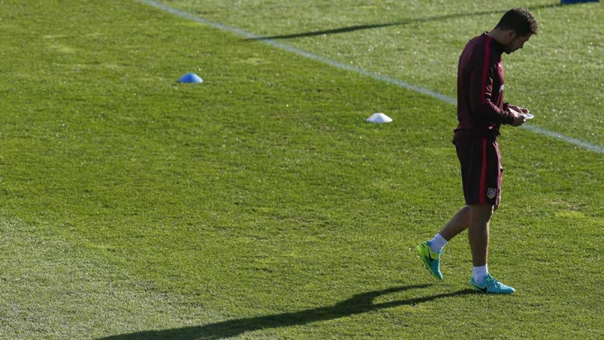 Simeone no descarta seguir en el Atlético varios años más
