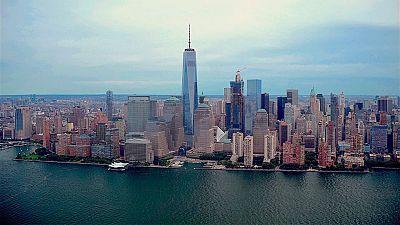 Un malagueño bordea la isla de Manhattan a nado