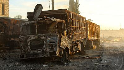 Al menos 12 muertos en un ataque aéreo a un convoy humanitario en Alepo