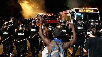 Violencia policial en EE.UU. - Disturbios en Carolina del Norte tras la muerte a tiros de otro hombre negro