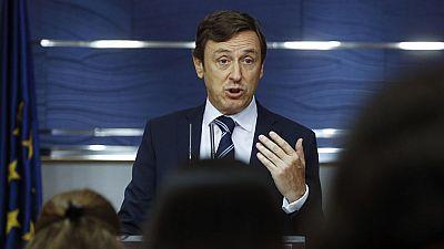 PP y PSOE negocian medidas económicas urgentes en previsión de unas nuevas elecciones
