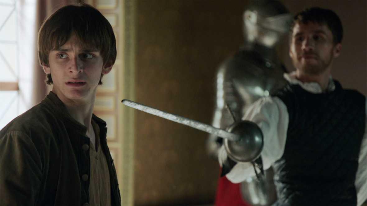 Águila Roja - Alonso se enfrenta al maestro de armas de la casa real
