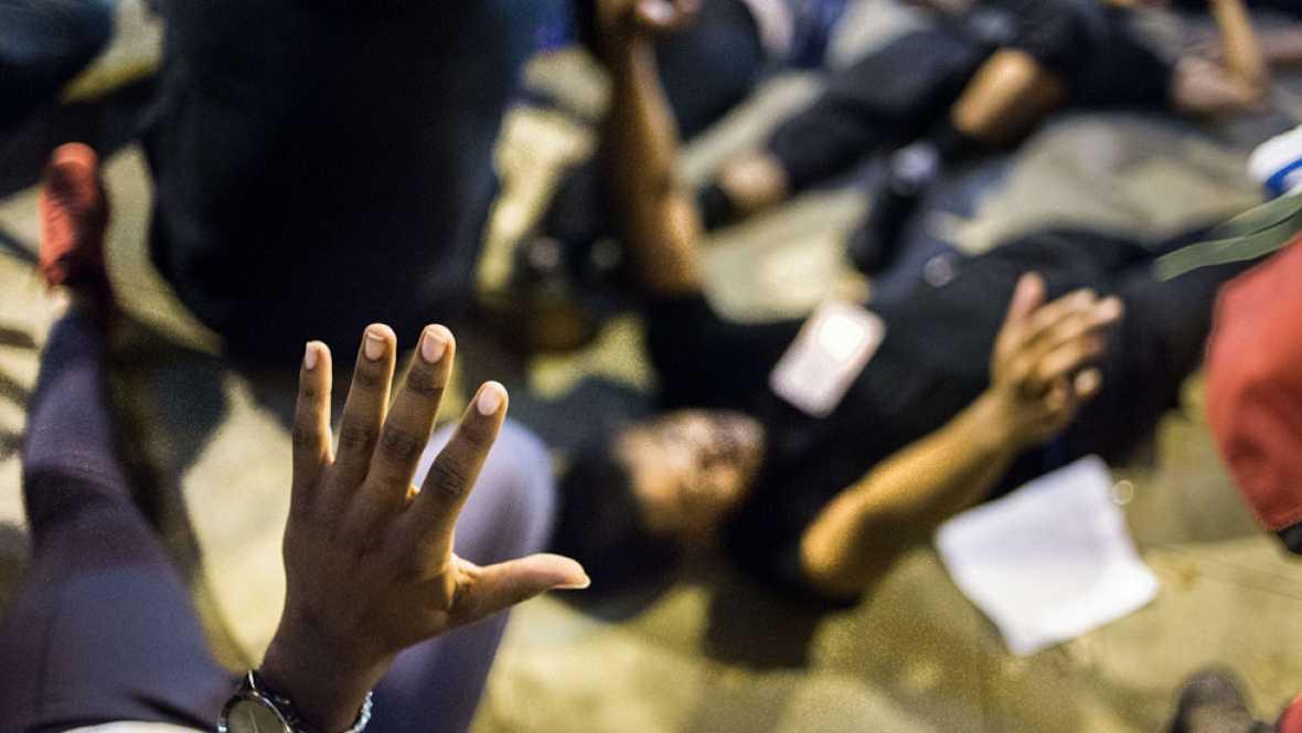 Toque de queda en Charlotte, blindada por tercera noche pero sin nuevos incidentes graves