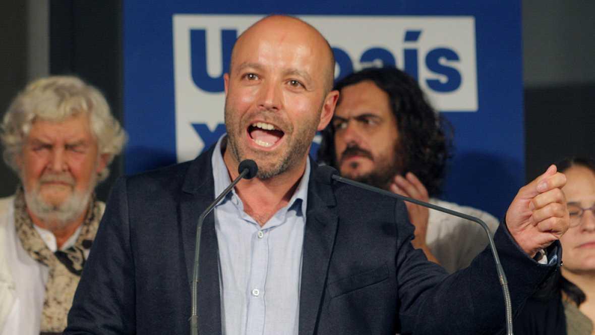 """El candidato de En Marea a presidir la Xunta de Galicia, Luis Villares, ha agradecido a sus votantes el haber convertido a su partido en la segunda fuerza política gallega, con 14 diputados. """"Gracias a todos aquellos que han hecho que el sueño de un"""